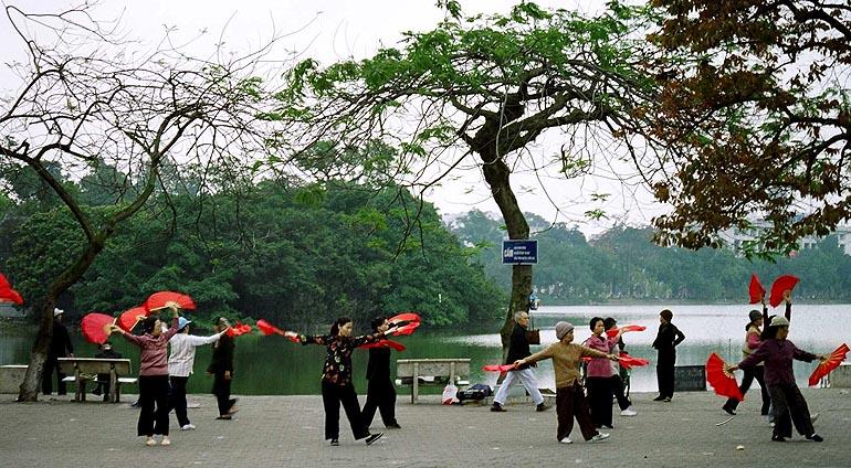 Le lac Hoan Kiem a Hanoi
